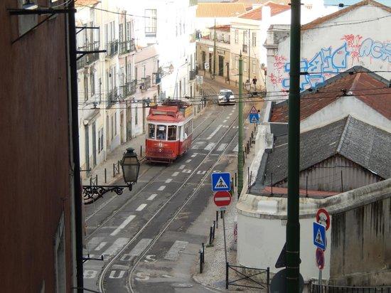 Hotel do Chiado : tram