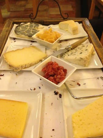 Cap de Castel : Local cheese platter with six local cheeses to select from