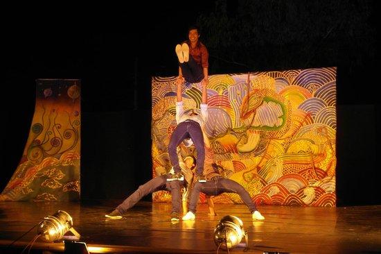 Phare, The Cambodian Circus: Phare Circus 1