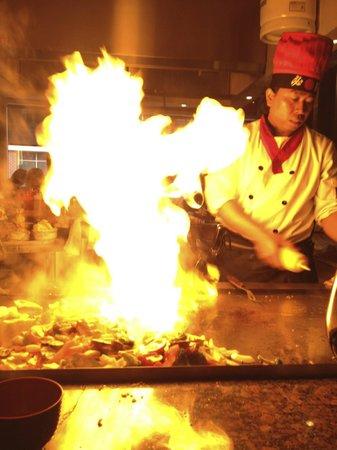 Osaka Hibachi: Darma's cooking show!