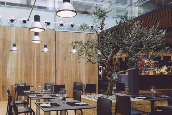 Restaurante Inigo Lavado: Sala Singular Food