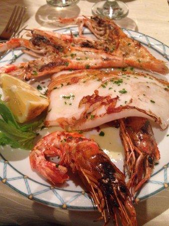 Baia Chia : Grigliata di pesce