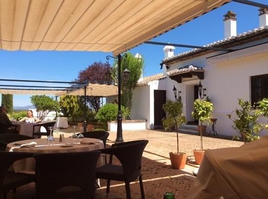 La Bobadilla, a Royal Hideaway Hotel: patio