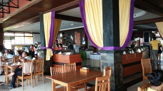 Bintan Agro Beach Resort: Asiana Buffet Breakfast