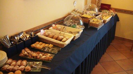 Hotel Marzia: Buffet