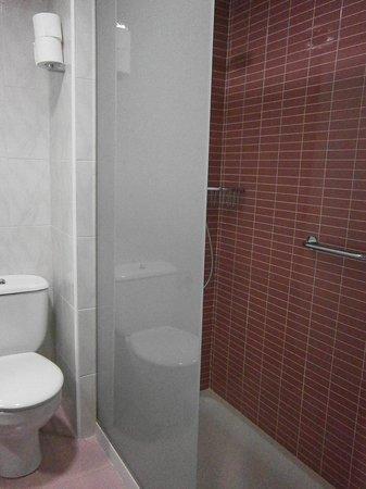 Servigroup Orange Hotel : Baño Ducha