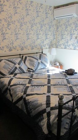 Hotel Charlotte: Bedroom