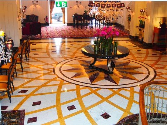 InterContinental Porto Palacio das Cardosas : Lobby do Hotel