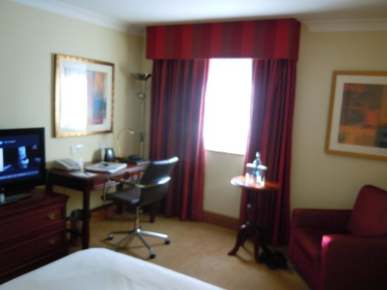 Hilton Warwick / Stratford-upon-Avon: Club room