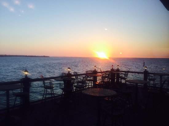 Captain's Table: Sunset at Captain,s Table