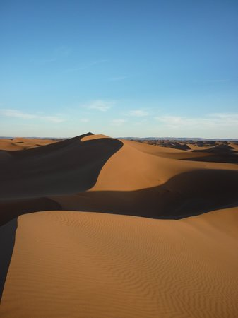 Erg Chigaga : graphisme des dunes