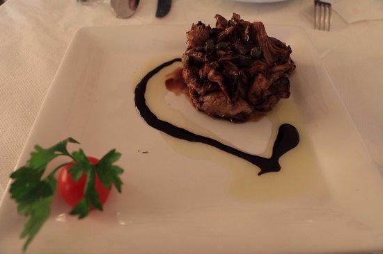 Naoussa Tavern: Mushroom