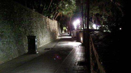 Belvedere di Tragara : via Tragara