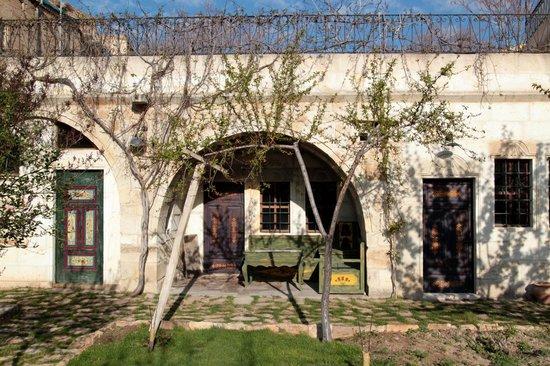Selcuklu Evi: Cave-Room mit Garten vor der Tür (Garden Suite)