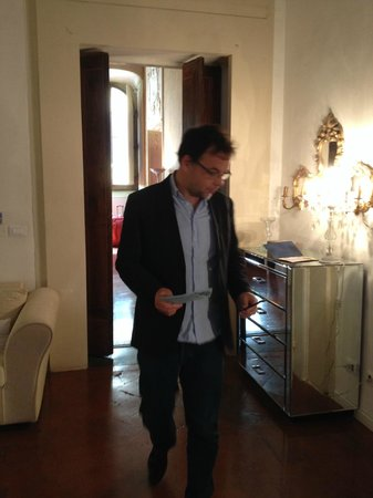 Palazzo Tolomei Residenza d'Epoca: entrée chambre 1