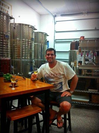Catania's Winery: Wine tasting