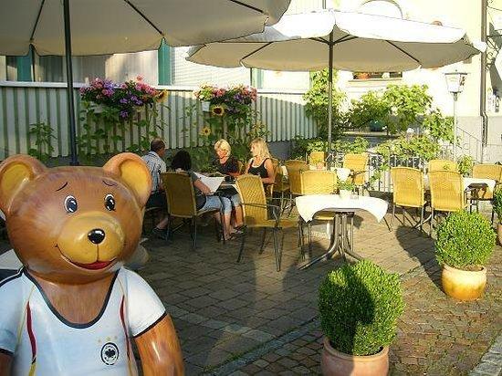 Teddybärenhotel: die Gartenwirtschaft