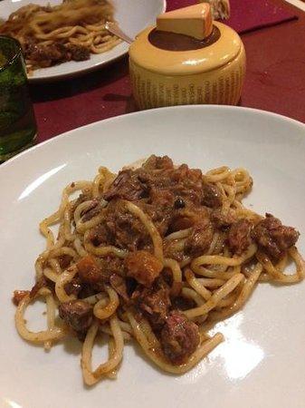 Osteria in domo : Pici al ragù di cinghiale!