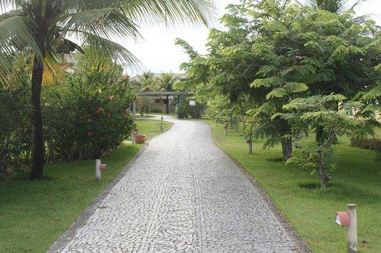 Club Med Trancoso : Caminho para o restaurante/piscina