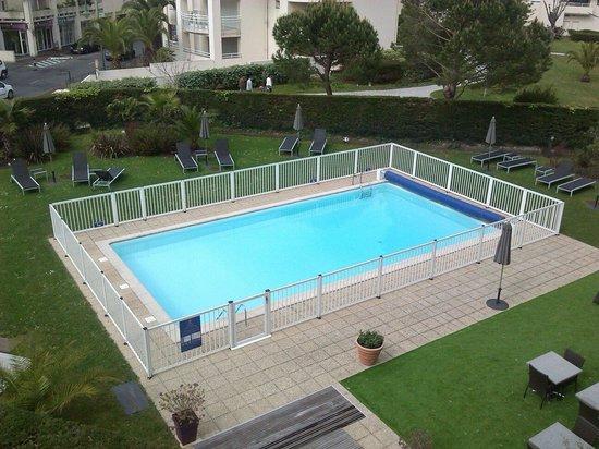 Best Western Plus Karitza: piscina