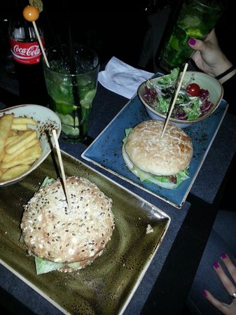 HANS IM GLUCK – Burgergrill Essen | Ruttenscheid