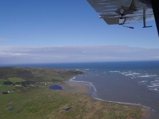 Stewart Island Flights: Omaui and Foveaux Strait near Invercargill landing