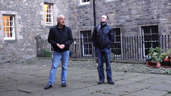 Edinburgh Literary Pub Tour: The masters