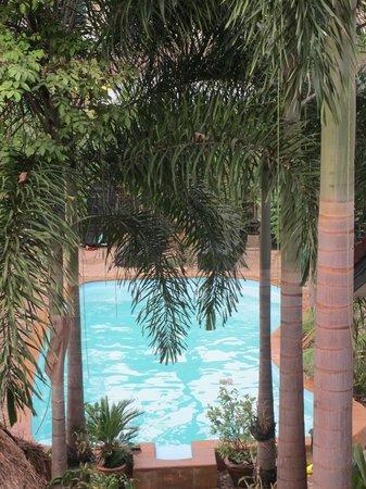 Guesthouse Liam's Suan Dok Mai : piscine