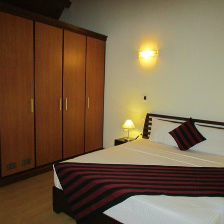 The Paradise Resort and Spa: Room