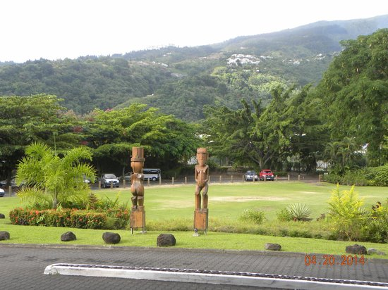 Le Meridien Tahiti: Vies of Grounds/Surrounding Area