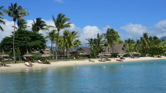 Hilton Mauritius Resort & Spa : view from hotels free boat rides..