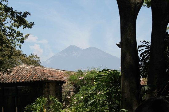 Hotel Museo Spa Casa Santo Domingo: One of the volcanoes that surrounds the hotel