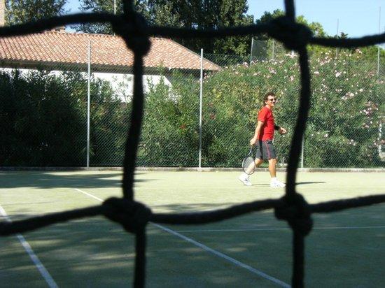 Camping Village Pino Mare: Il tennis, che passione!
