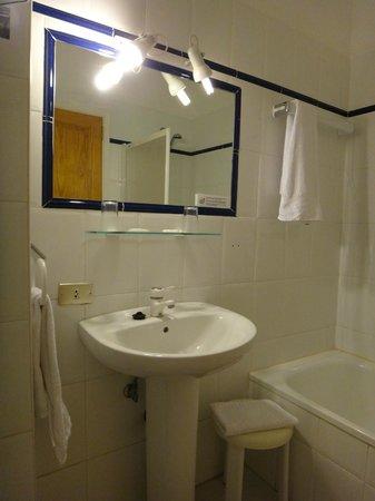 Puerto Azul Hotel: notre salle de bains