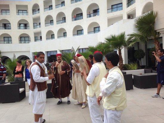 Vincci Nozha Beach Resort: Musicien