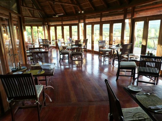 Pumba Private Game Reserve: The restaurant in the lodge