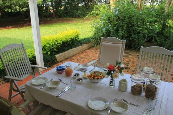Umdoni: Ontbijt op het terras