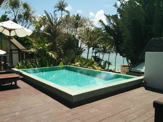 Centara Villas Samui : The one of the weusite. Very nice but no private.