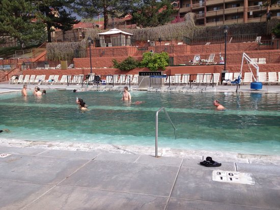 Glenwood Hot Springs Pool : Hot Therapy Pool