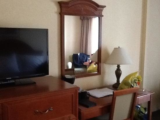 Comfort Inn Fallsview : our room