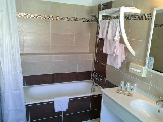 Hotel ANTOINE : Salle de bain