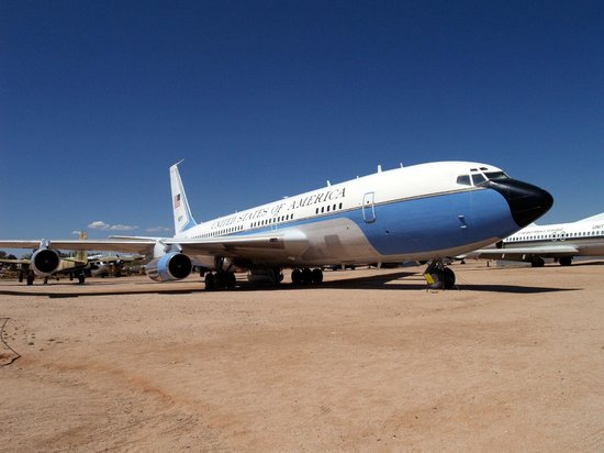 Pima Air & Space Museum : The plane that carried JFK's body.