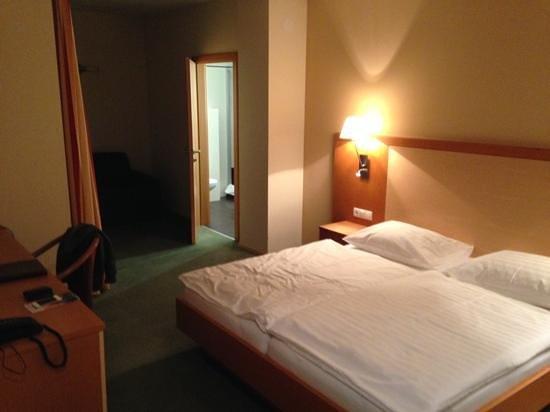 Hotel Lucia: Room 901