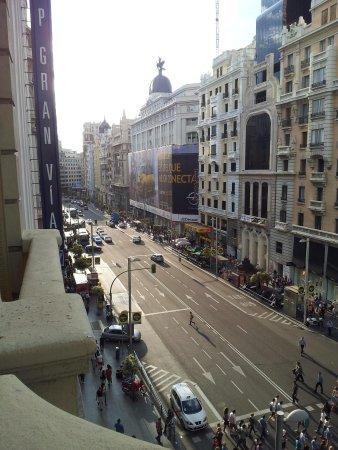 Praktik Metropol : The view from our room balcony on Gran Via Street