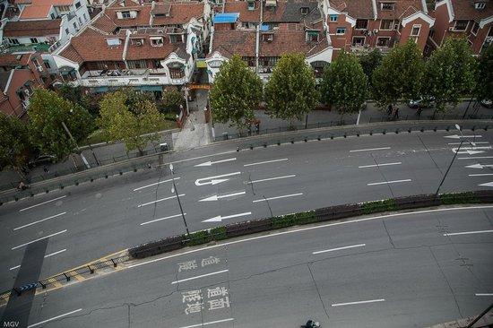 SSAW Boutique Hotel Shanghai Bund: С открытыми окнами шум от дороги практически не слышно