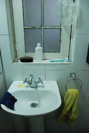 Casaltura The Boutique Hostel: Super ! l'eau coule mais pas chaude