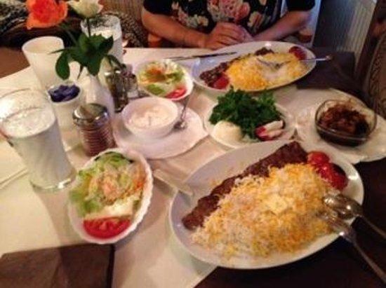 Restaurant Hafes: Kabab Barg and side dishes