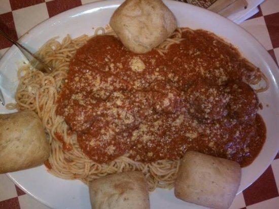 Giordano's : Spaghetti with meatballs