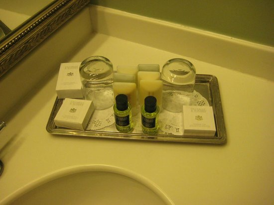 Bienville House : Good toiletries offered