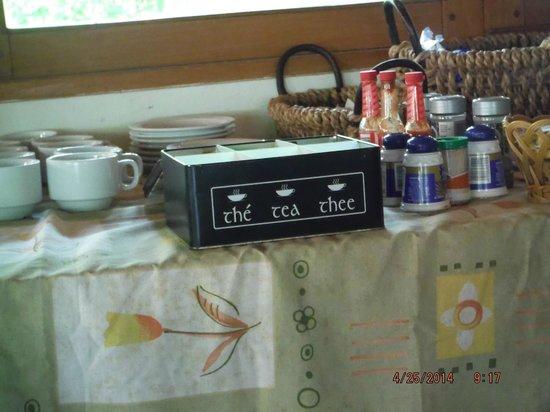 Villa Acacia: breakfast table set up tea selection